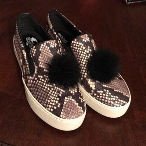 Michael Kors shoes ! Never worn !
